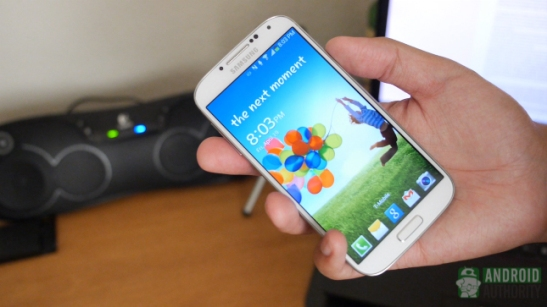 samsung-galaxy-s4-after-the-hype-aa-in-hand
